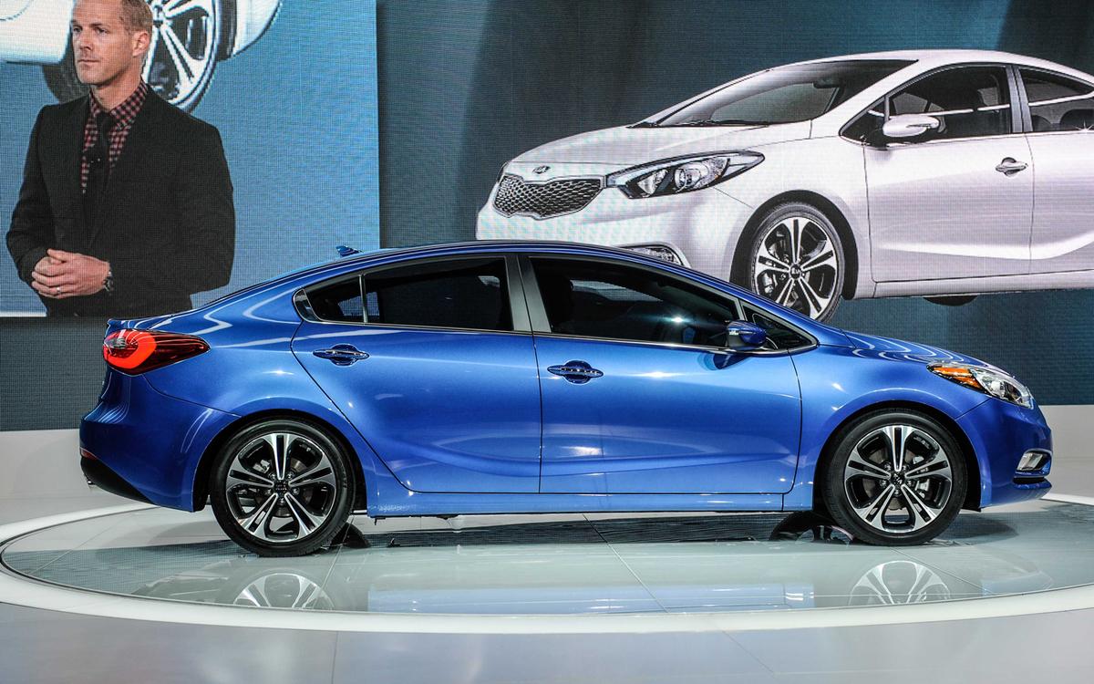 2014-kia-forte-sedan-side-2.jpg