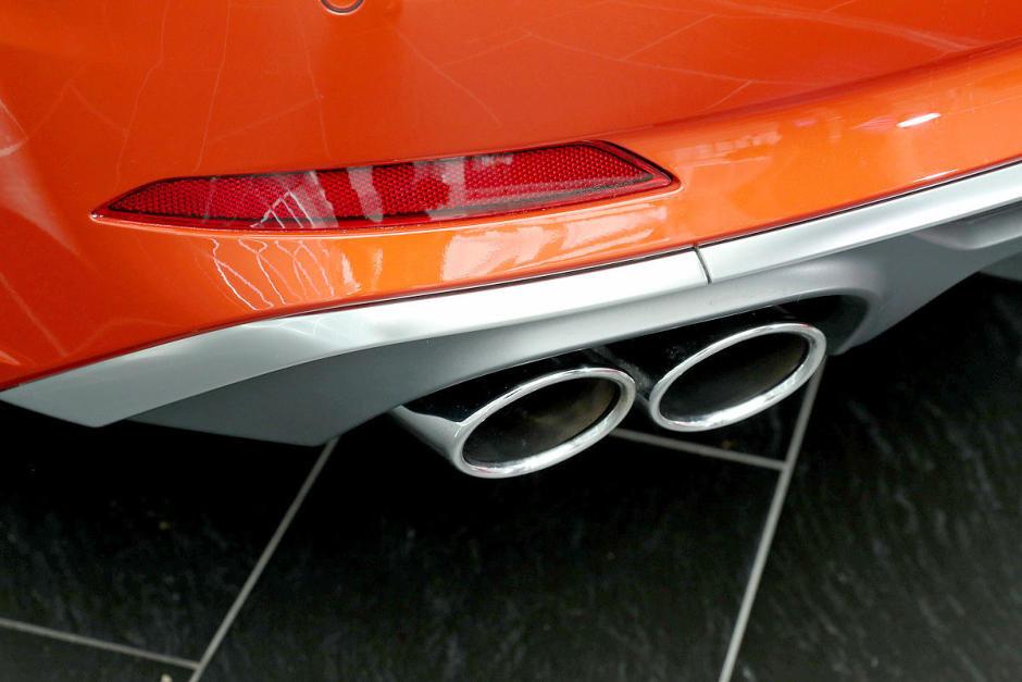 audi-s5-sportback-vs-kia-stinger-a82c648b3c0b0382a8-940-0-1-95-1.jpg