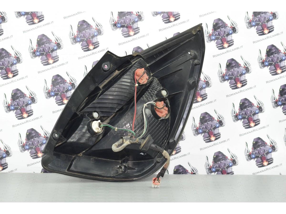 fanale-posteriore-stop-sx-sinistro-kia-rio-08-16-cod-924021g2-2400000051121.jpg