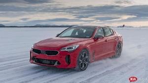 2018 Kia Stinger GT Winter Drive [Sweden]